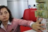 Ngân hàng quốc doanh tăng mạnh lãi suất, nên gửi tiền vào đâu?