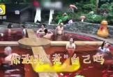 Bể tắm nước nóng trông giống nồi lẩu ở Trung Quốc