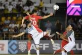 Thắng nhẹ Singapore, HLV Eriksson vẫn 'ấm ức' vì mất trung vệ từng đá ở V.League