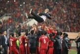 Giây phút HLV Park Hang-seo òa khóc như đứa trẻ khi Việt Nam giành chức vô địch