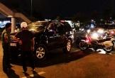 Nữ tài xế vi phạm nồng độ cồn, cố thủ trong ôtô sau khi gây tai nạn