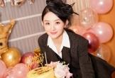Triệu Lệ Dĩnh tươi cười rạng rỡ đón sinh nhật lần thứ 32
