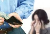Nuôi bạn trai ăn học 6 năm ròng đến khi thành đạt, cô gái bị người yêu chia tay và gửi kèm 200 triệu đồng