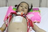 Bố mẹ ly dị, bé gái 9 tuổi bị tim bẩm sinh phải mổ hai lần mới giữ được mạng sống