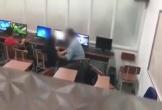 Xôn xao clip người đàn ông sàm sỡ nữ sinh trong lớp Tin học