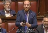 Nghị sĩ Italy gây