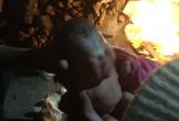Bé trai sơ sinh bị mẹ bỏ vào thùng rác trong đêm lạnh giá