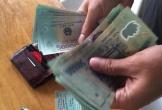 Thanh Hóa: Học sinh lớp 5 trả lại ví cho người mất