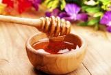 Chỉ với 1 giọt mật ong giúp bạn đánh bay da khô, nứt nẻ vào mùa đông