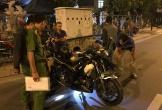 Ra đường đuổi chó, nam thanh niên bị xe mô tô tông tử vong