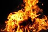 Xin tiền khám bệnh không được, người đàn ông U50 đổ xăng đốt chết vợ