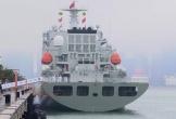 """Vũ khí tối tân lần đầu """"lộ diện"""" trong lễ diễu binh hải quân hoành tráng của TQ"""