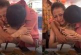 Xúc động hình ảnh ông bố Nghệ An khóc tiễn con gái đi lấy chồng