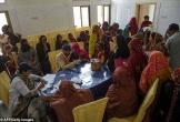 Pakistan bắt bác sĩ nhiễm HIV nghi lây virus cho 437 trẻ em
