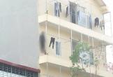 Tá hỏa thanh niên treo cổ ngoài ban công, cô gái tử vong tại khu trọ