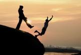 Trong các thứ tình, tình yêu dễ phản bội nhất?