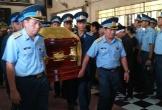 Hàng nghìn người nghẹn ngào tiễn đưa hai phi công vụ rơi máy bay ở Khánh Hoà