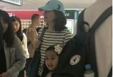 Lee Young Ae đưa con gái đi xem nhạc kịch