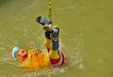 Giây phút cuối cùng của ảo thuật gia Ấn Độ trước khi bỏ mạng dưới sông Hằng