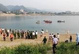 Về nhà bạn chơi, 4 thanh niên chết đuối thương tâm khi tắm sông Đà