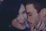 Katy Perry bị tố quấy rối tình dục nam người mẫu
