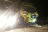 Tông xe tải chạy cùng chiều, tài xế tử vong trên ca bin