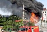 Siêu thị của người Trung Quốc tại thành phố Bắc Giang bốc cháy ngùn ngụt