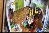 Sa thải hai nữ giáo viên trường mầm non Maple Bear nhốt trẻ vào tủ đựng đồ 50 giây