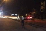 Bị dừng xe kiểm tra, 3 thanh niên đánh CSGT nhập viện
