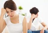 Nghe lén cuộc điện thoại của chồng với mẹ, vợ trẻ khóc lặng vì sự thật cay đắng