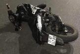 Xe Exciter chở 5 sinh viên tông vào dải phân cách, 4 người tử vong