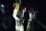 Hòa Bình: Xe máy tông xe lu đang đỗ ven đường, 2 người tử vong