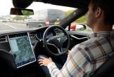 Tesla bị ép triệu hồi hệ thống Autopilot vì kém an toàn