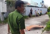 Thanh niên rơi từ tầng cao xuống sân chung cư không một vệt máu, nghi bị sát hại.