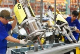 Phải tuyển lao động 50 tuổi vì thiếu người, DN đòi tăng giờ làm thêm