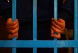 Bắt nguyên cán bộ Công an trại giam nhận tiền chạy việc