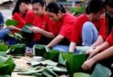 Thanh Hóa: Nhà trường mua gần 1 tấn gạo gói bánh chưng cho học sinh