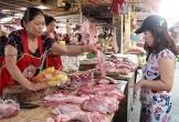 Giá lợn hơi giảm mạnh: Người chăn nuôi và người tiêu dùng đều không được hưởng lợi