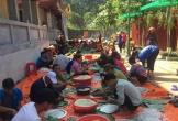 Hàng nghìn chiếc bánh chưng của người dân xứ Thanh chuẩn bị gửi vào vùng lũ