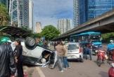 Ô tô tông liên hoàn rồi lật ngửa, nhiều người nhập viện cấp cứu