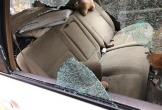 Đập vỡ cả cửa kính ô tô để trộm...thứ đồ quý giá nhất mùa dịch Covid-19