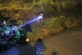 Bé trai 4 tuổi bị nước cuốn xuống cống mất tích