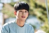 Kim Soo Hyun đăng ảnh hậu trường lầy lội của dàn diễn viên Điên thì có sao