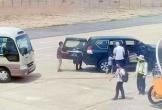 Ai được xe riêng đưa đón tại sân đỗ máy bay?