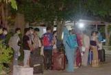 Nghệ An tiếp nhận, cách ly gần 100 người trở về từ Lào