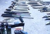 Thanh Hóa: Thu giữ số lượng lớn vũ khí, công cụ hỗ trợ vận chuyển qua đường bưu điện