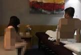 Bắt quả tang tiếp viên massage không nội y phục vụ khách khỏa thân 'vui tới bến'