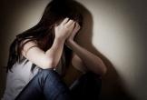 Truy tố người đàn ông 'thân mật' với bé gái 14 tuổi