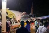 Máy bay Ấn Độ gãy đôi khi hạ cánh, 20 người thiệt mạng