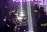 Hơn 100 người trong quán bar dương tính với ma túy
